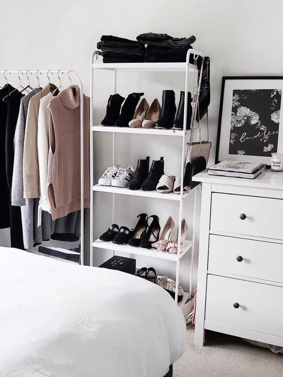 9 Stylish Organization Ideas for Small Bedrooms | Of Life ...